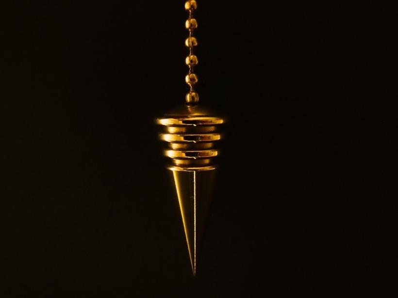 Cone-Chain-Pendulum-Gold-626623.jpg